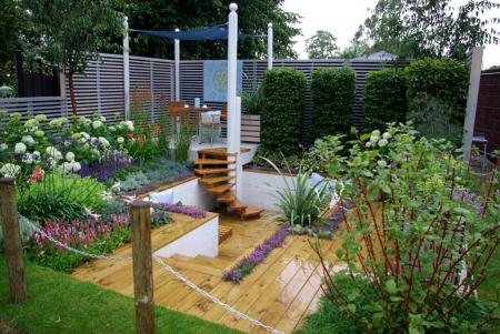 RHS Hampton Court 2008 - The Sadolin Four Seasons Garden